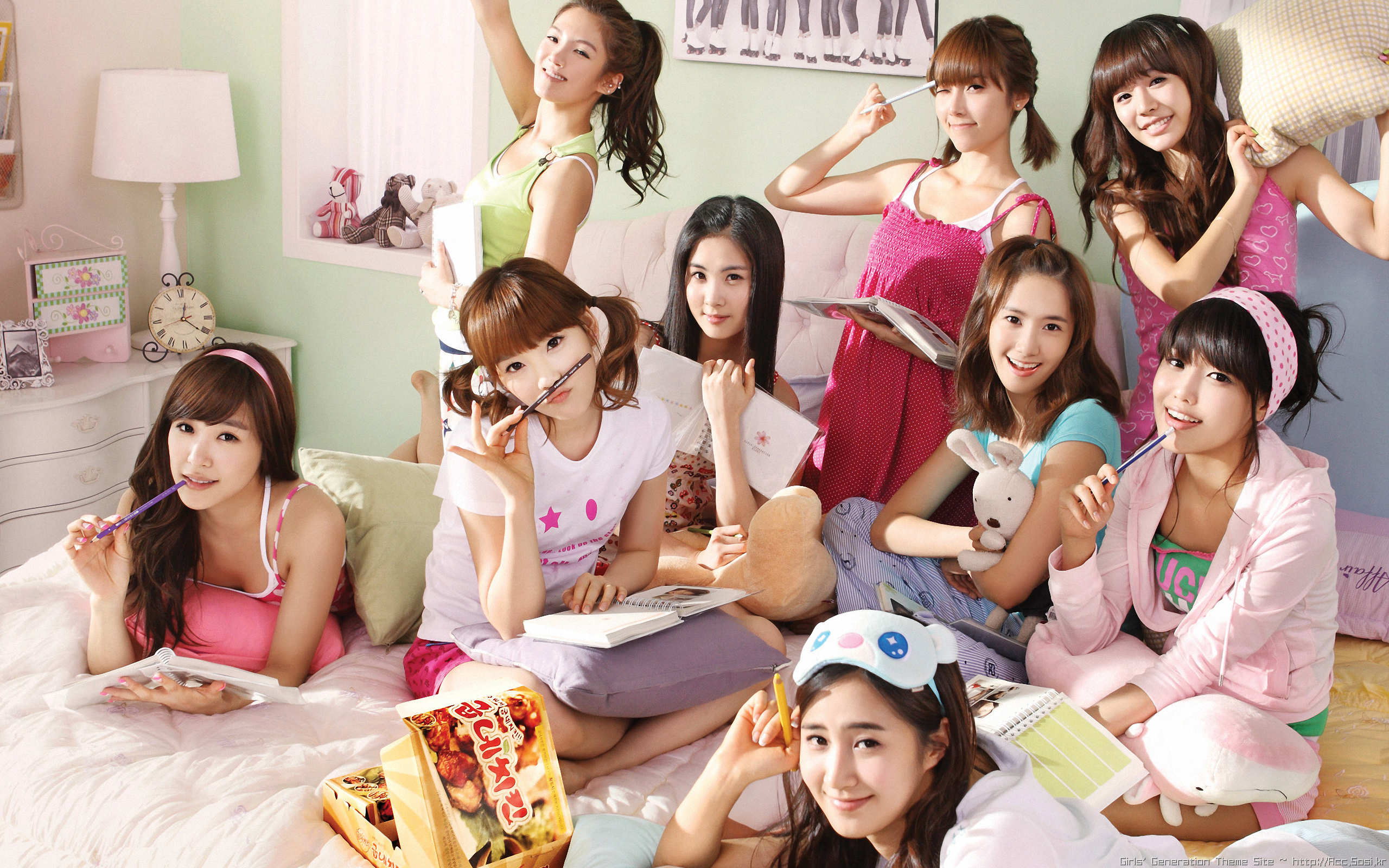 Snsd Gee Hd Wallpaper Background Image 2560x1600 Id