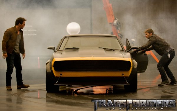 Movie Transformers: Age of Extinction Transformers Bumblebee HD Wallpaper | Background Image