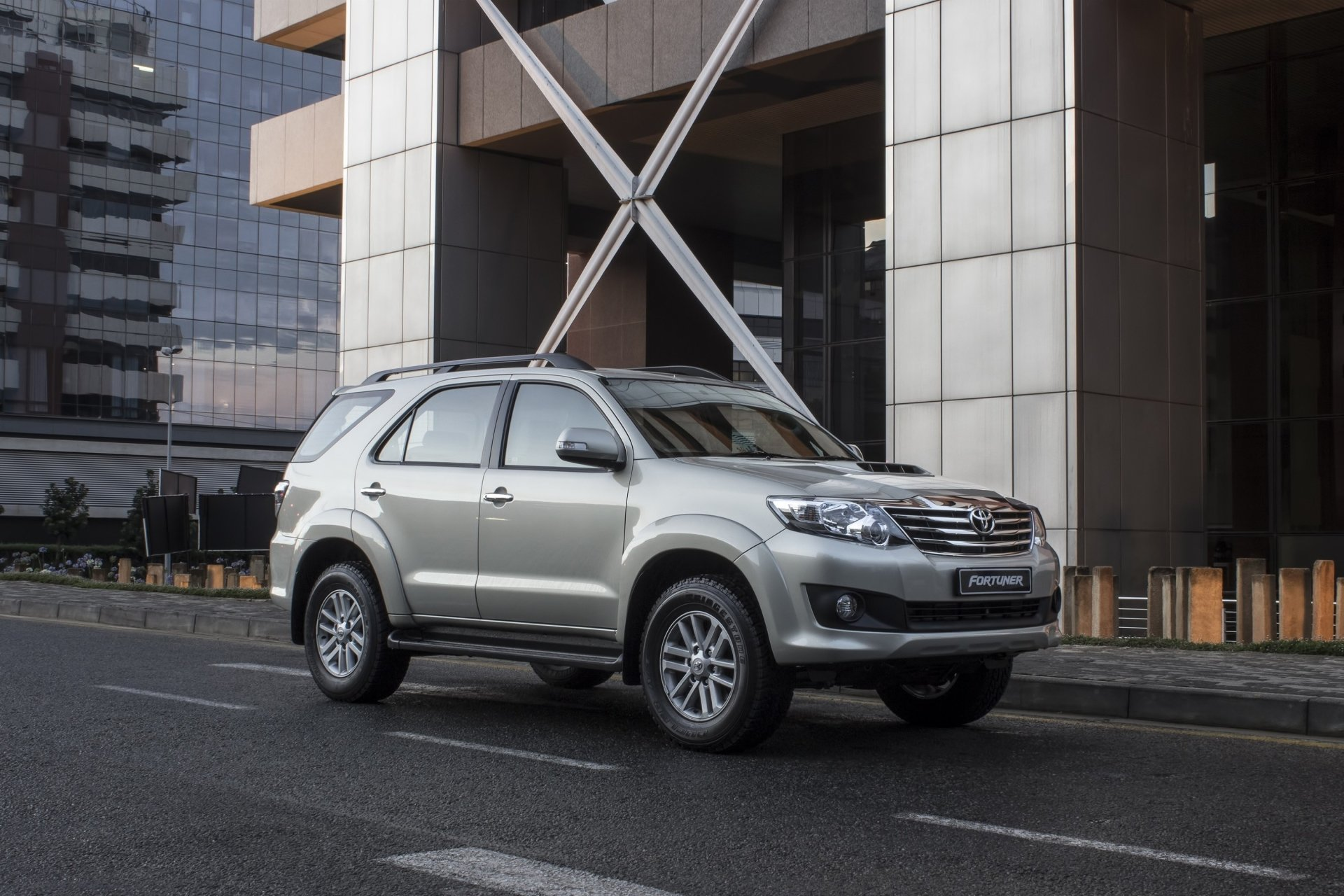 Toyota Fortuner HD Wallpaper | Background Image ...