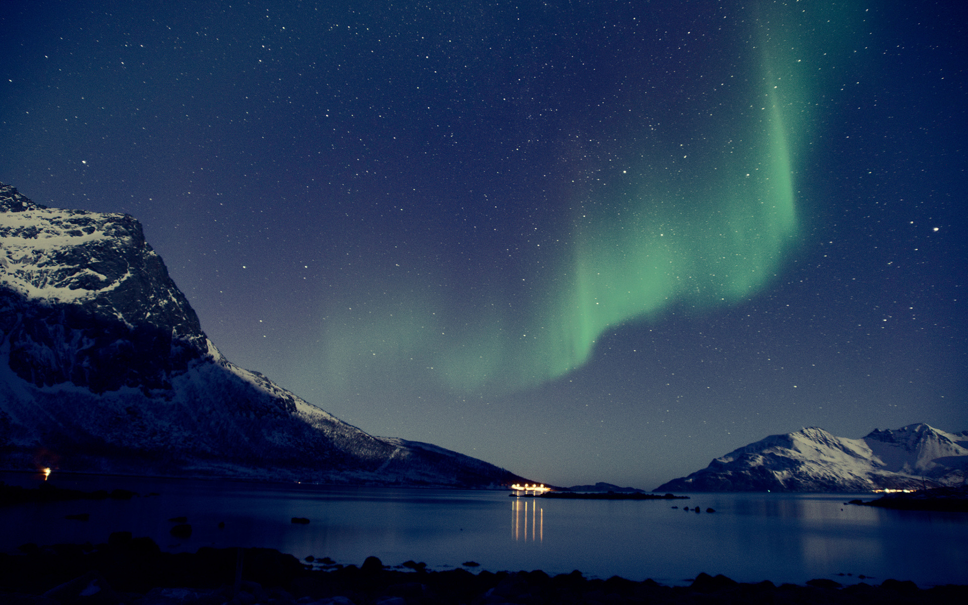 Aurora borealis hd wallpaper sfondi 1920x1200 id for Sfondi desktop aurora boreale