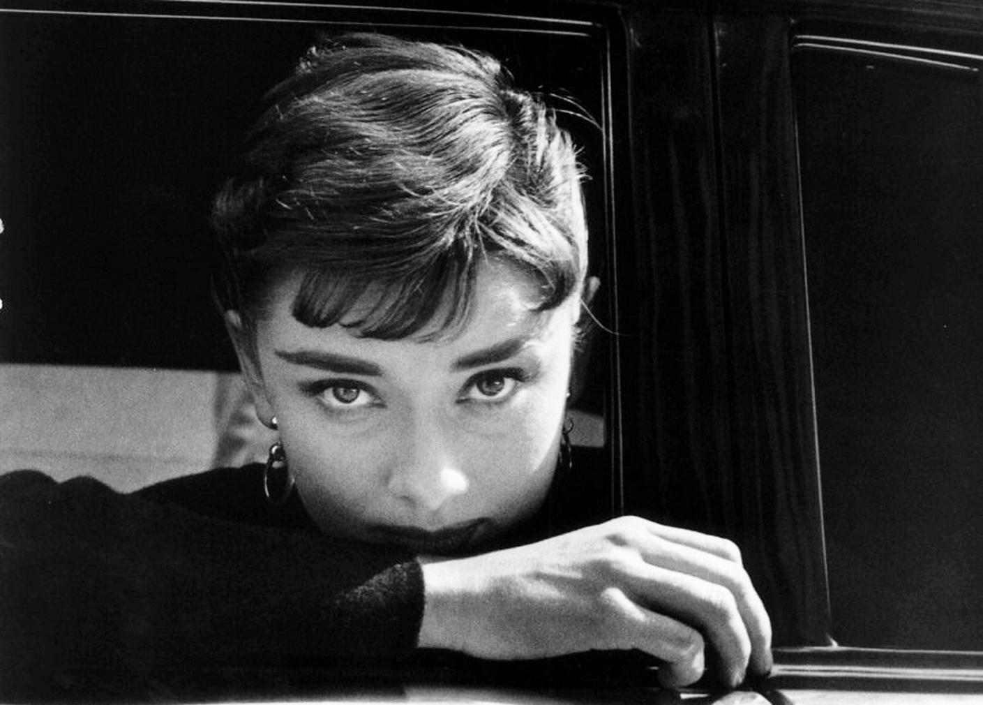 Audrey Hepburn Wallpaper And Background Image