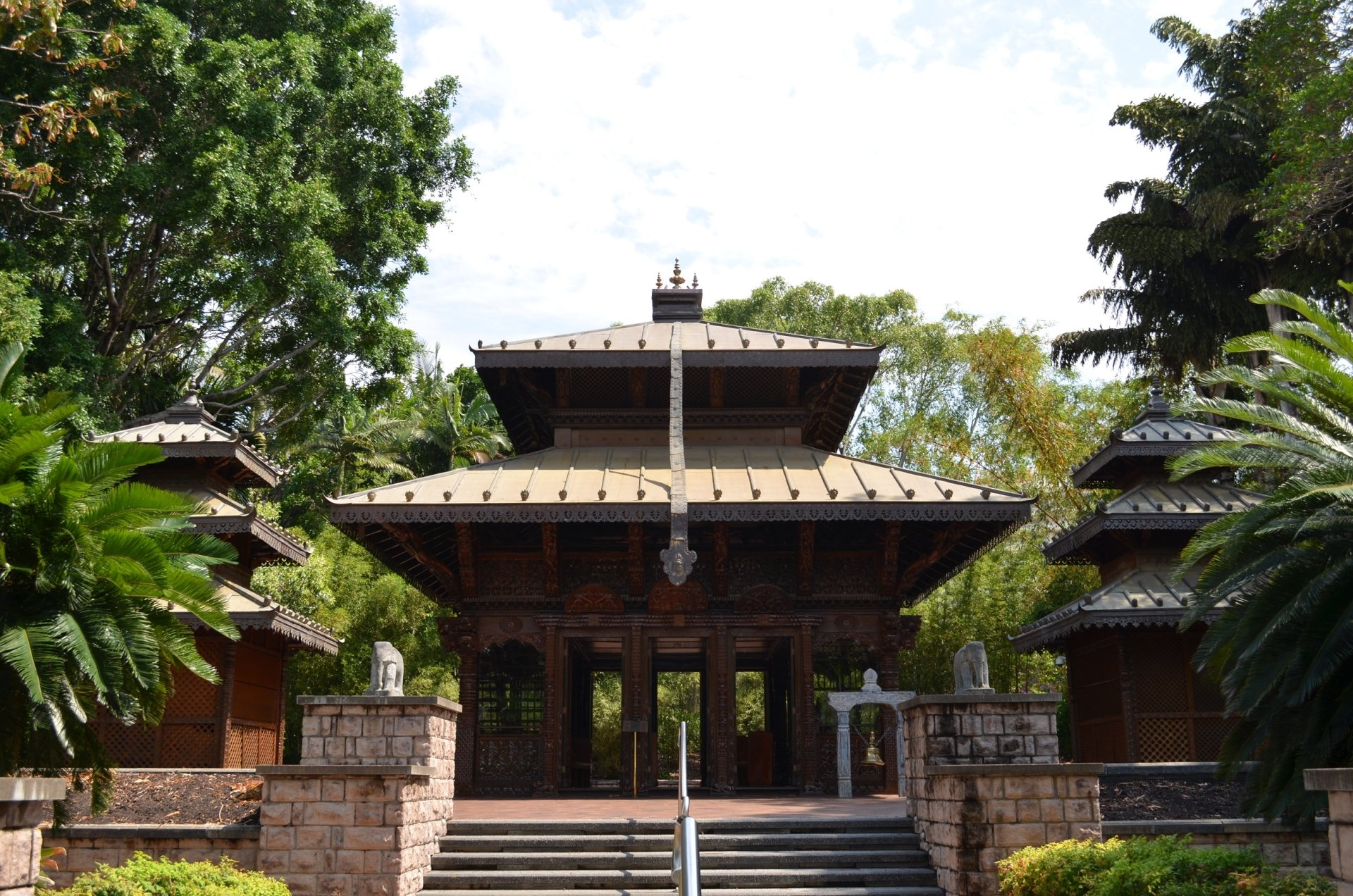 the nepalese pagoda in south bank brisbane full hd. Black Bedroom Furniture Sets. Home Design Ideas