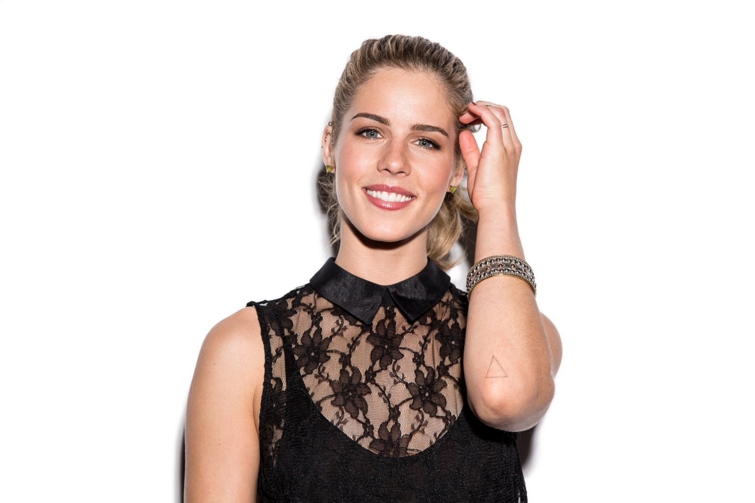 Emily bett rickards wallpaper and background 1536x1024 for Bett 400x400