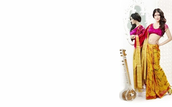 Celebrity Shruti Haasan Actresses India Bollywood Saree Mirror HD Wallpaper | Background Image
