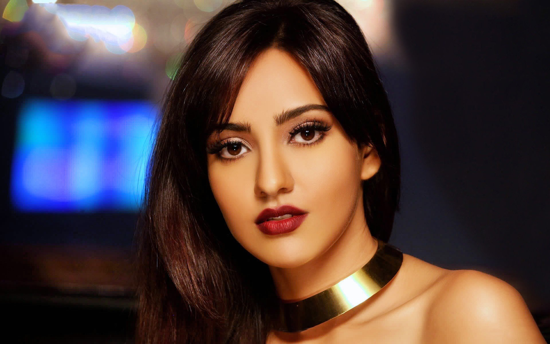 Neha Sharma HD wallpaper for download