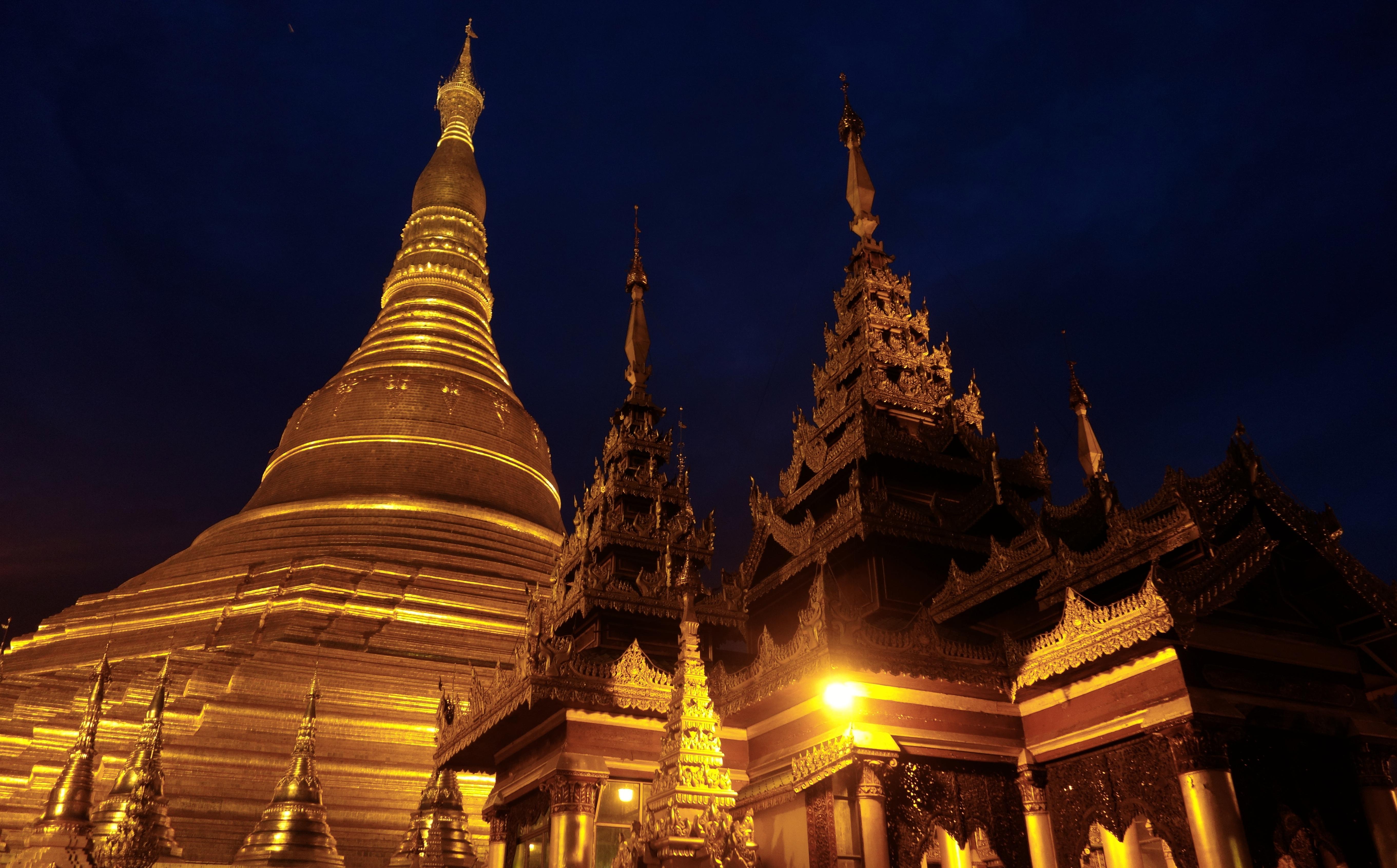 Shwedagon Pagoda Wallpaper, Check Out Shwedagon Pagoda ...