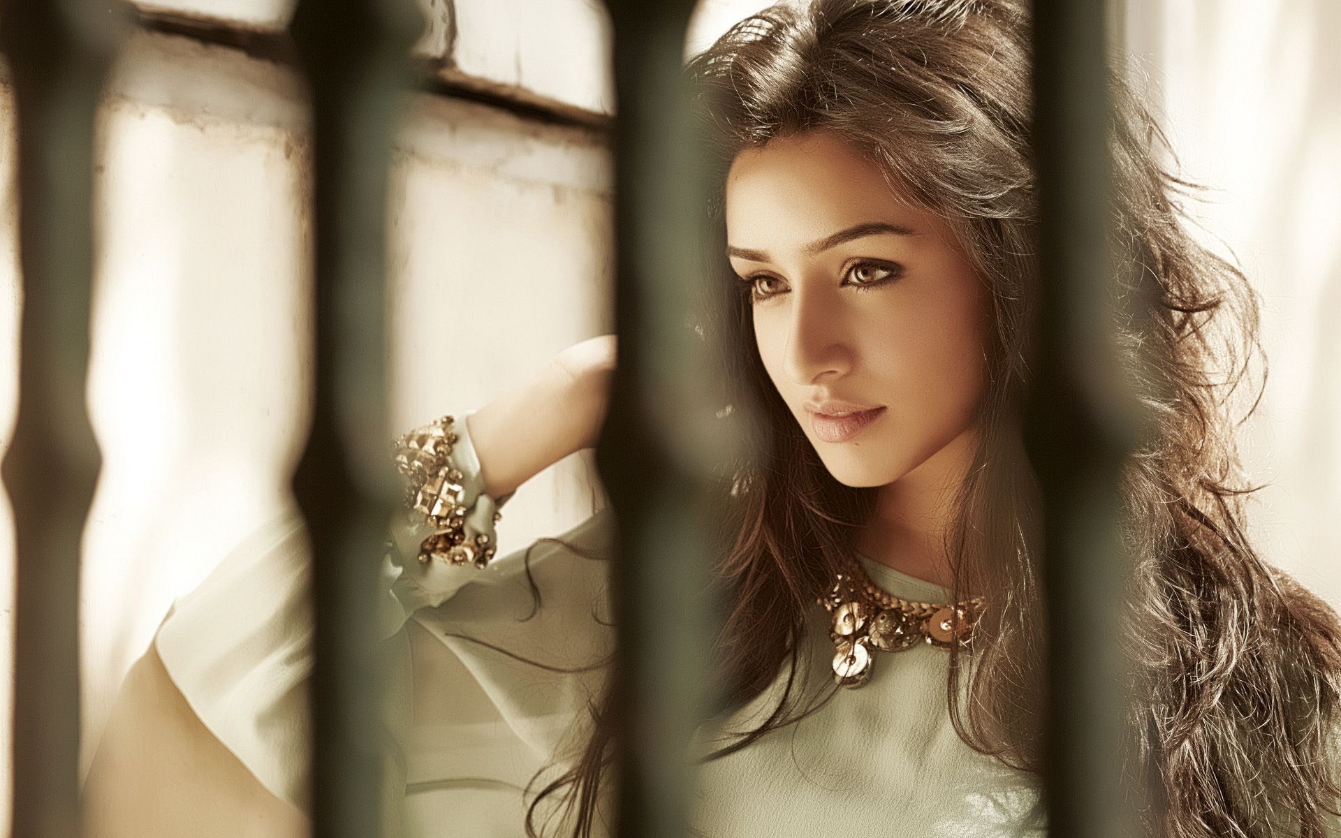 shraddha kapoor full hd wallpaper and background image | 1920x1200
