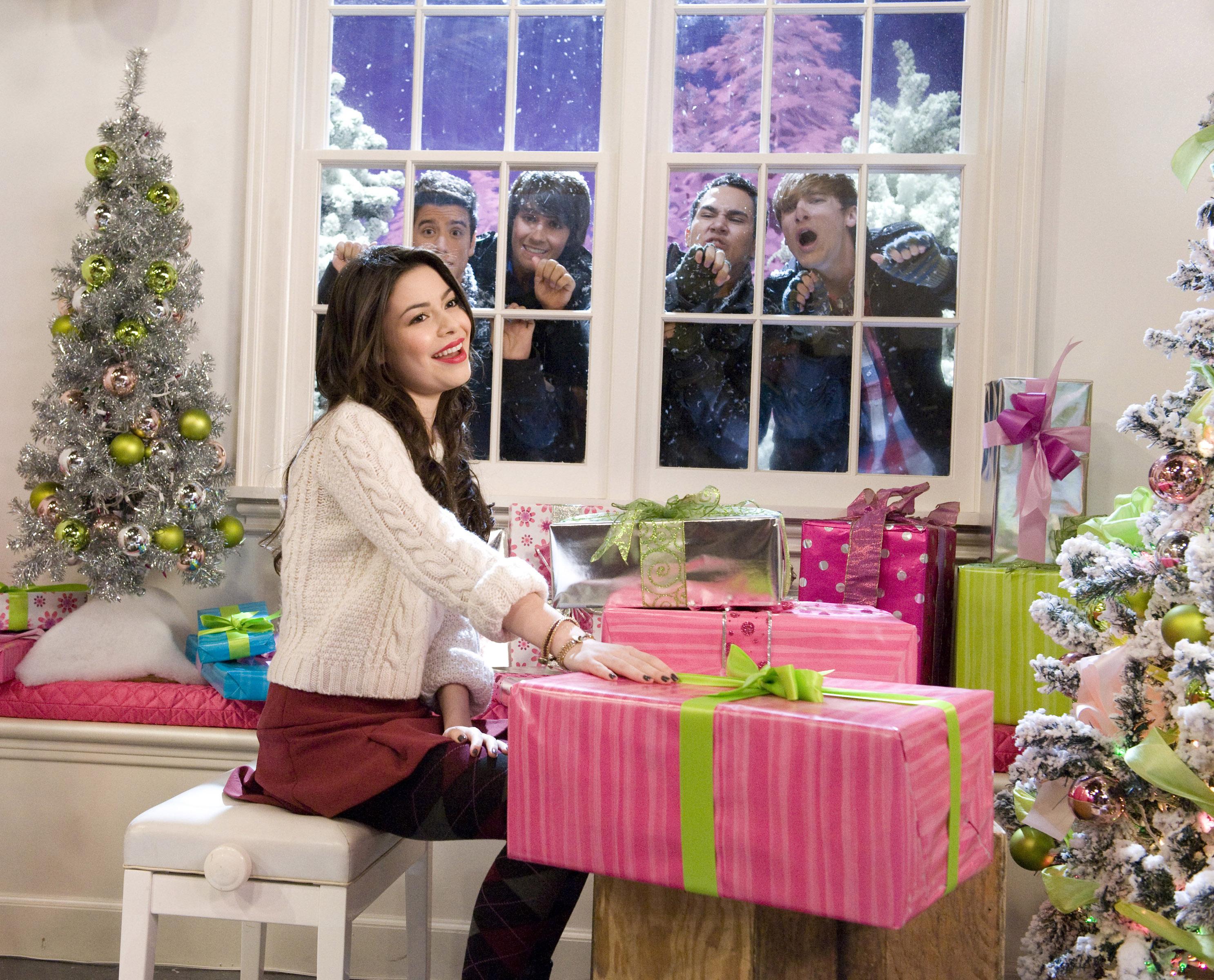 wallpapers id636999 - Big Time Rush Beautiful Christmas