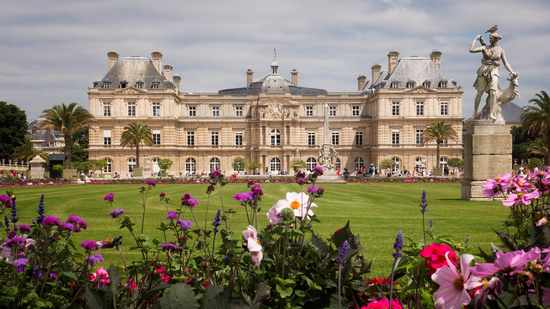 luxembourg palace paris france hd wallpaper background image 2048x1152 id 651095. Black Bedroom Furniture Sets. Home Design Ideas