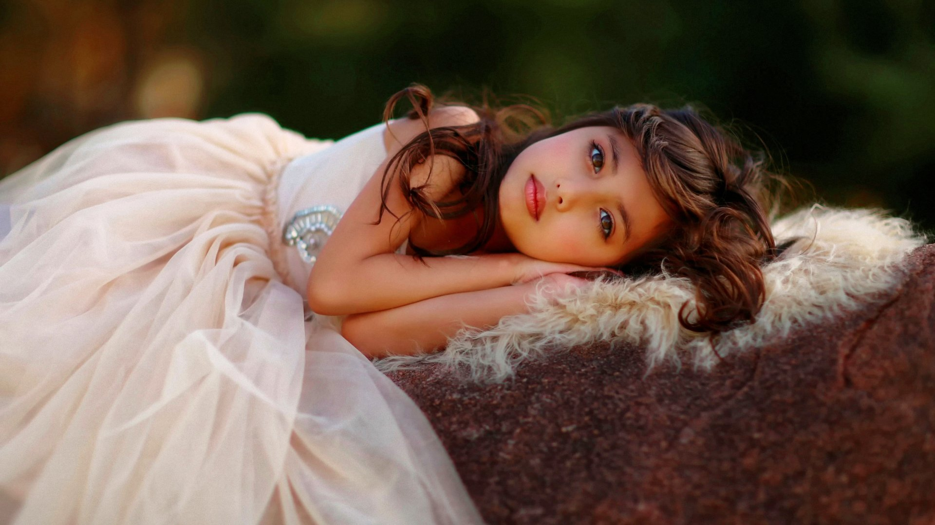 Photography - Child  Girl Wallpaper