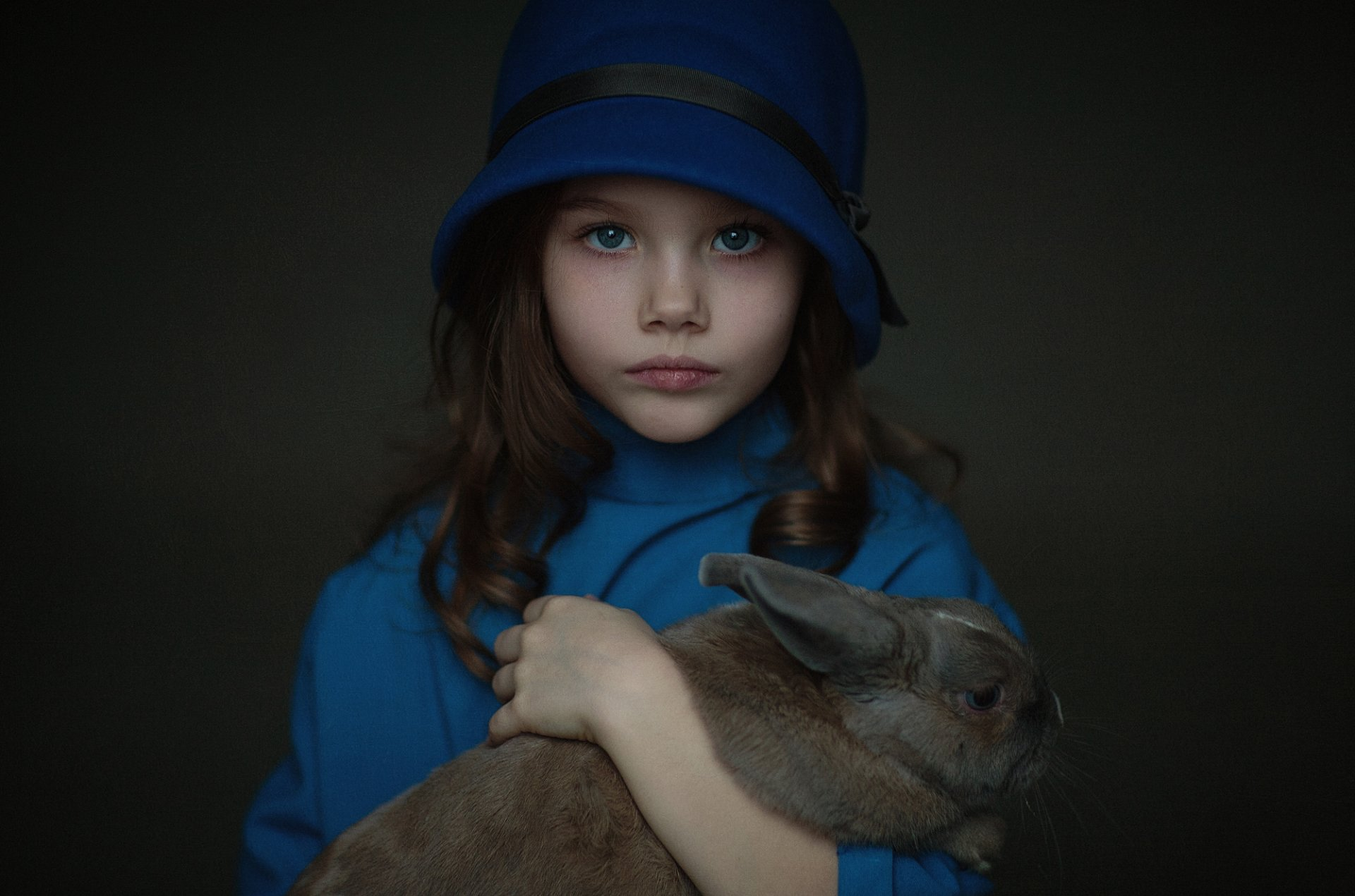 Photography - Child  Brunette Blue Eyes Rabbit Girl Hat Animal Wallpaper