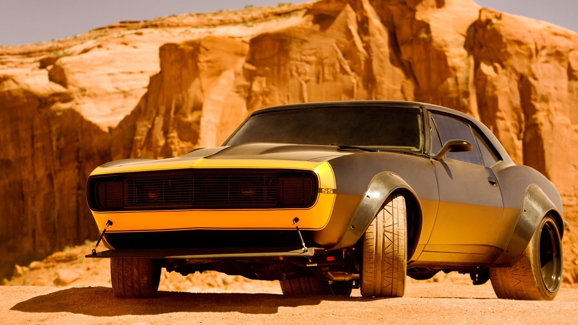 Movie - Transformers: Age of Extinction  Bumblebee (Transformers) Hot Rod Chevrolet Camaro SS Wallpaper