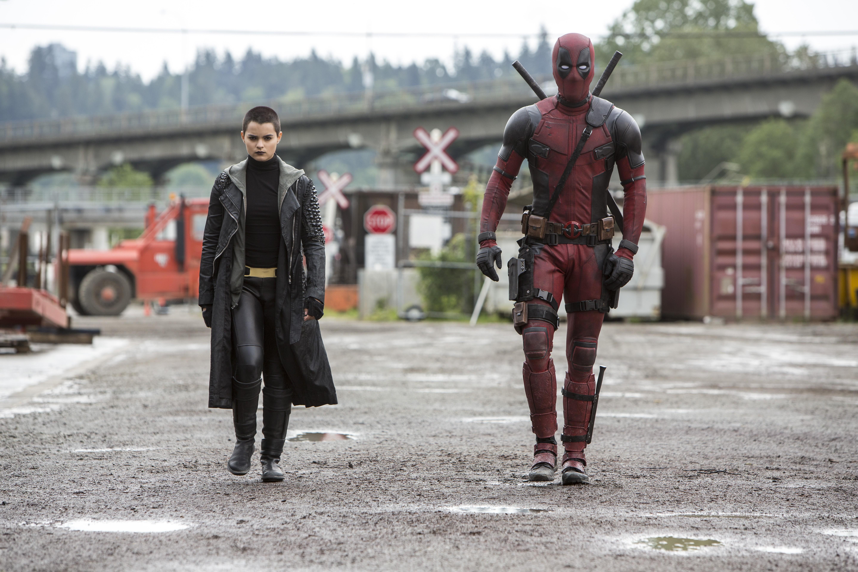 Download Wallpaper Movie Deadpool - 681082  Gallery_773425.jpg