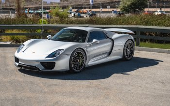 37 Porsche 918 Spyder HD Wallpapers