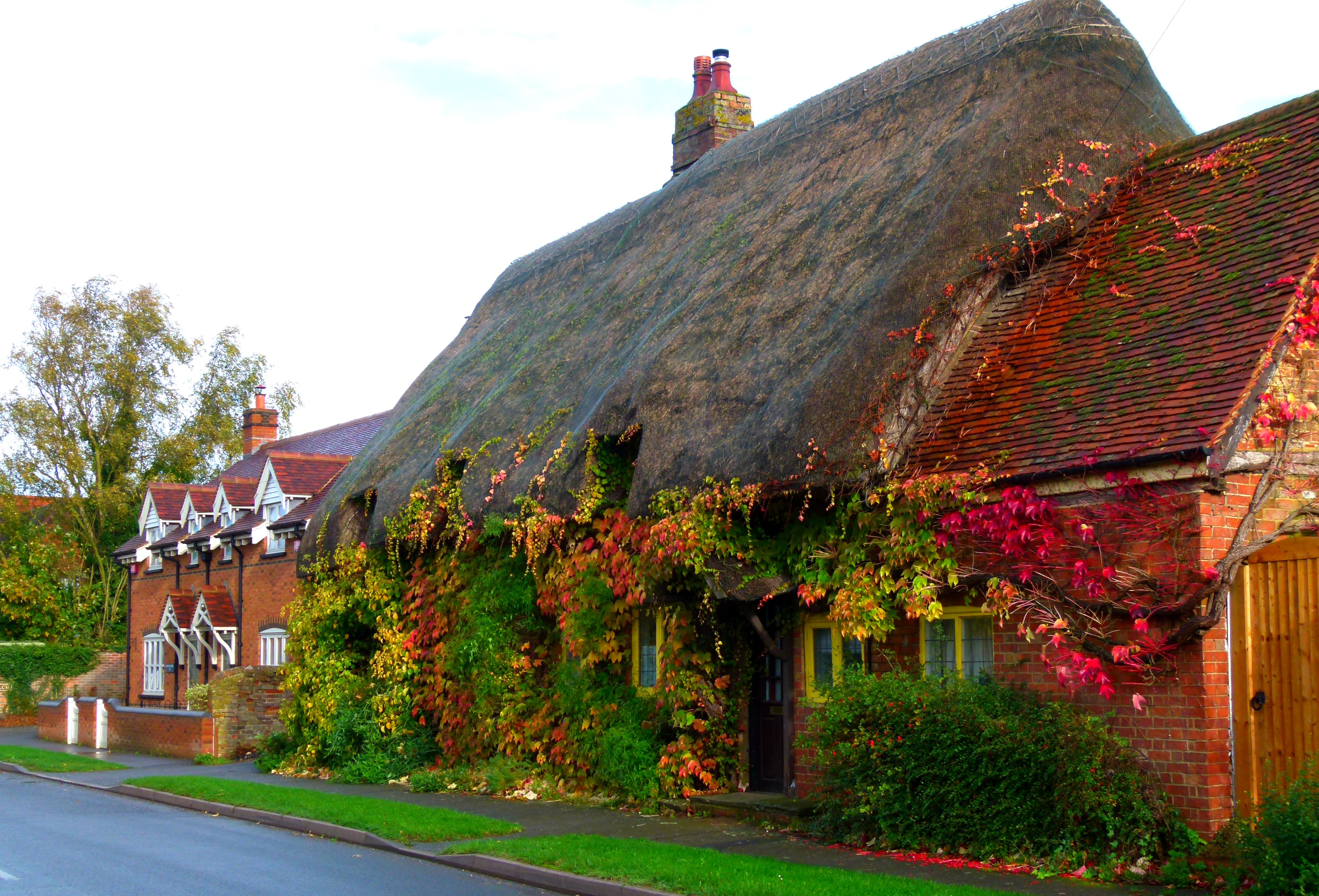 House in england 4k ultra hd wallpaper and background for Wallpaper home england