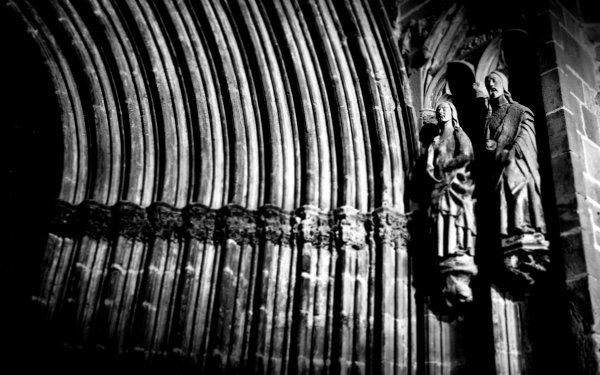 Religious Statue Spain Valderrobres Church HD Wallpaper | Background Image