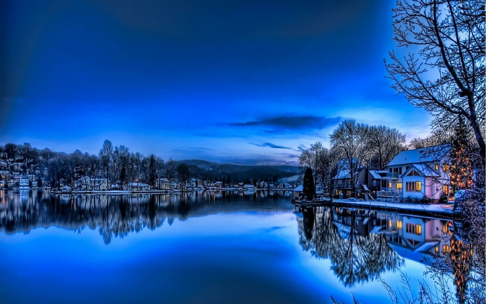 Haus am see wallpaper  House on Winter Lake Wallpaper and Hintergrund | 1680x1050 | ID:700166