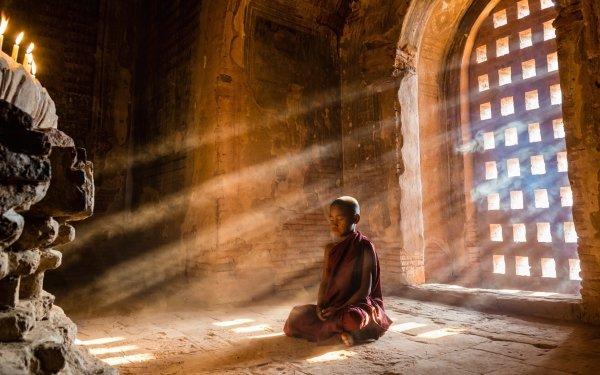 Religious Monk Meditation Sunbeam Buddhism Temple Little Boy Sunlight HD Wallpaper | Background Image
