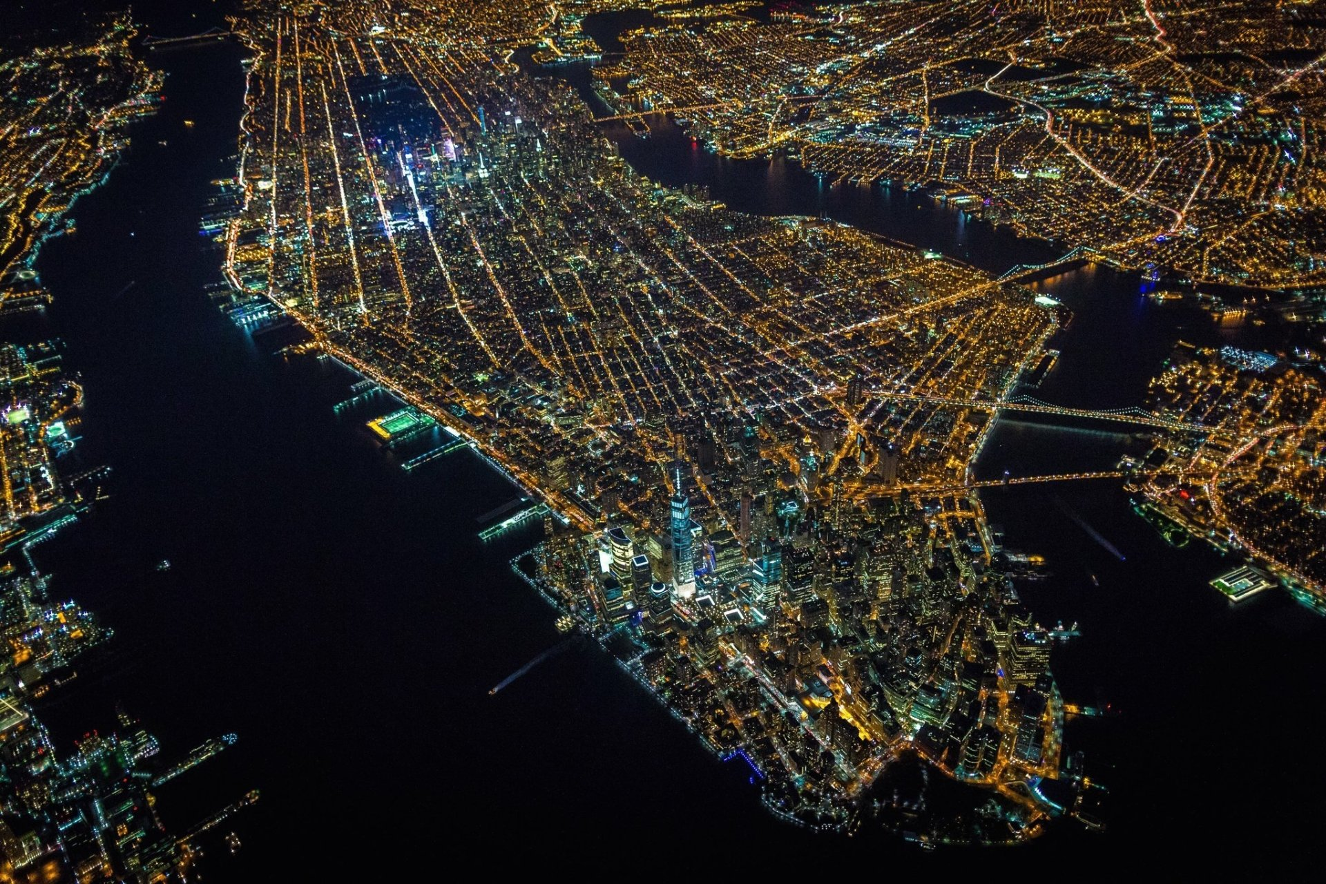 Man Made - Manhattan  New York USA City Night Cityscape Light Wallpaper