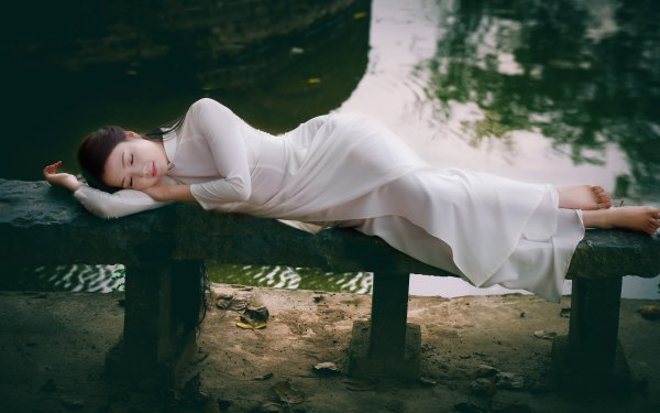 Women Asian Ao Dai Model Vietnamese Pond HD Wallpaper | Background Image