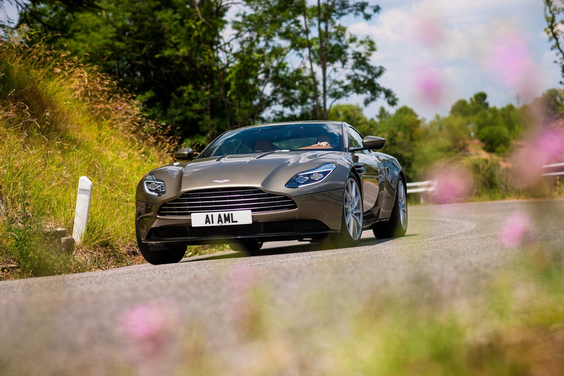 Vehicles - Aston Martin DB11  Aston Martin Car Vehicle Grand Tourer Wallpaper