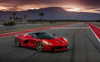 24 Ferrari LaFerrari HD Wallpapers | Background Images - Wallpaper