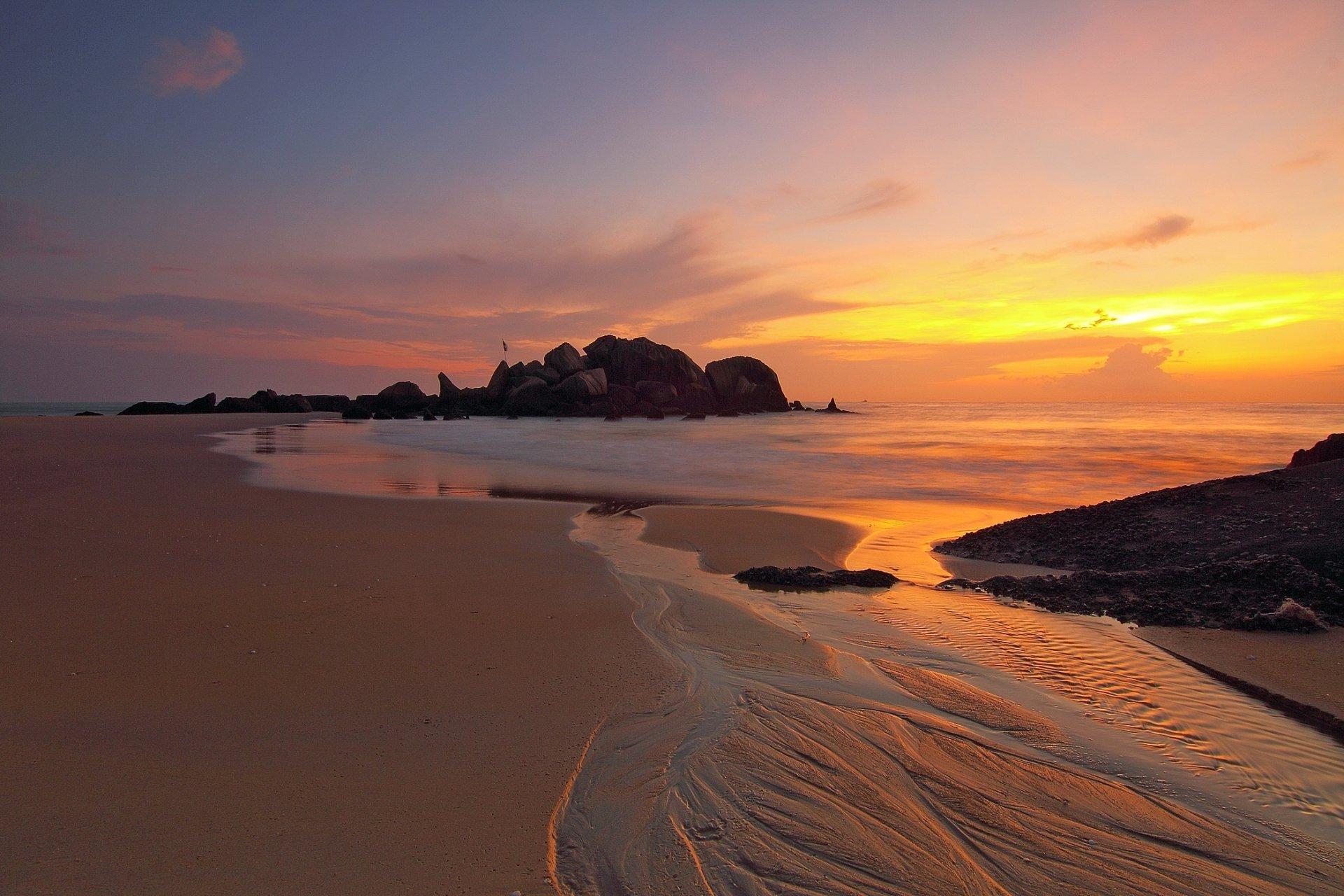 Terre/Nature - Lever De Soleil  Sand Glow Orange Morning Pierre Plage Paysage Marin Horizon Sea Océan Terre/Nature Nature Fond d'écran