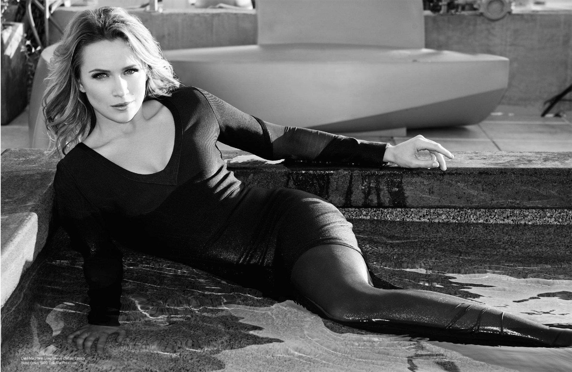 Women - Shantel VanSanten  Actress Wallpaper