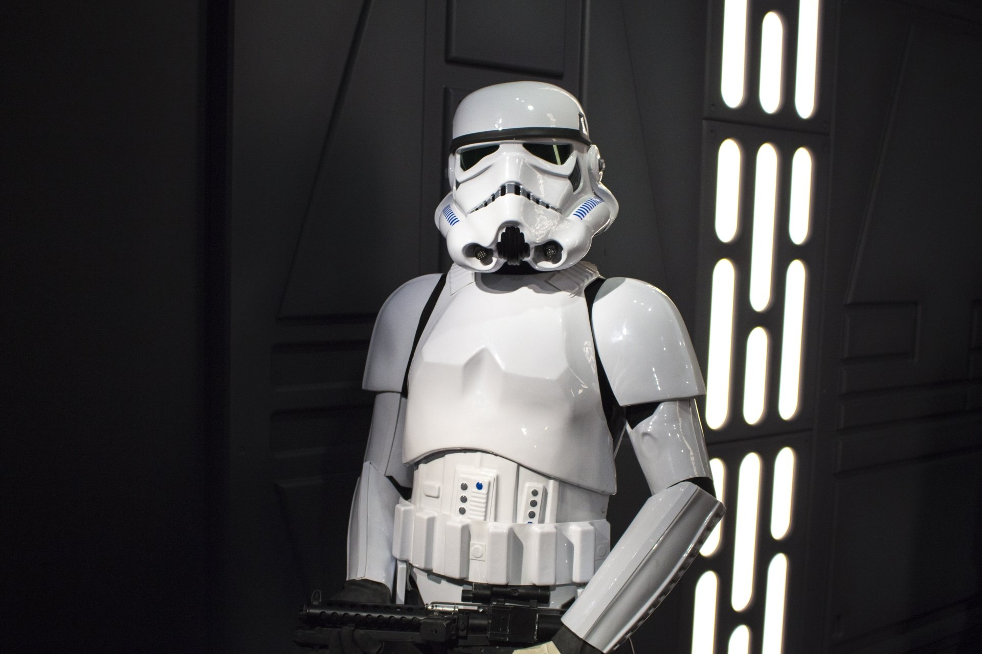 Sci Fi - Star Wars  Stormtrooper Sci Fi Statue Wallpaper