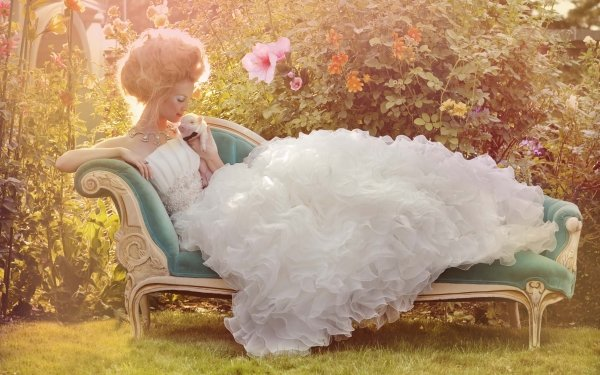 Women Bride Dress Field Flower Pig Wedding Dress HD Wallpaper | Background Image