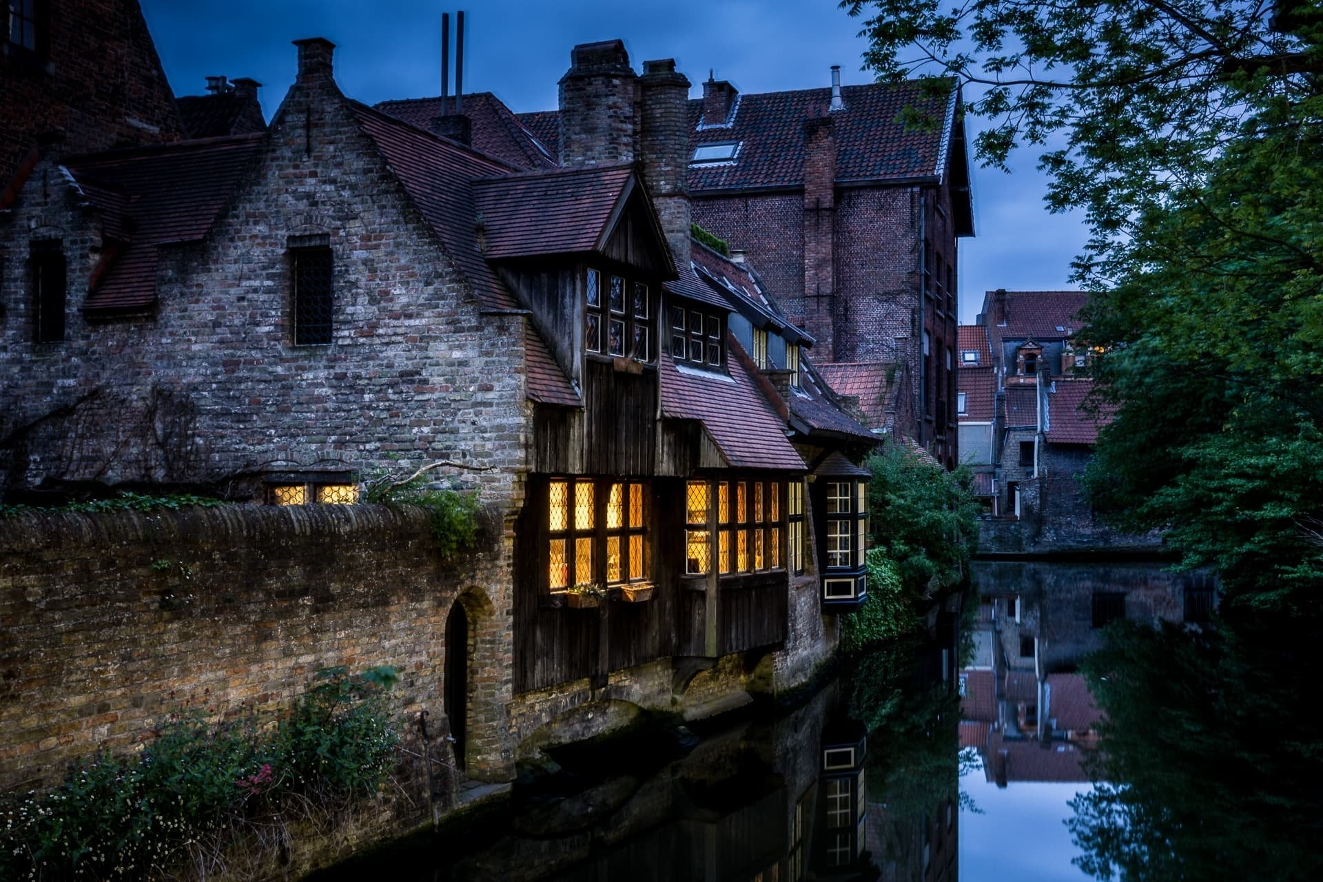 Man Made - Ghent  Reflection Belgium House Town Canal Wallpaper