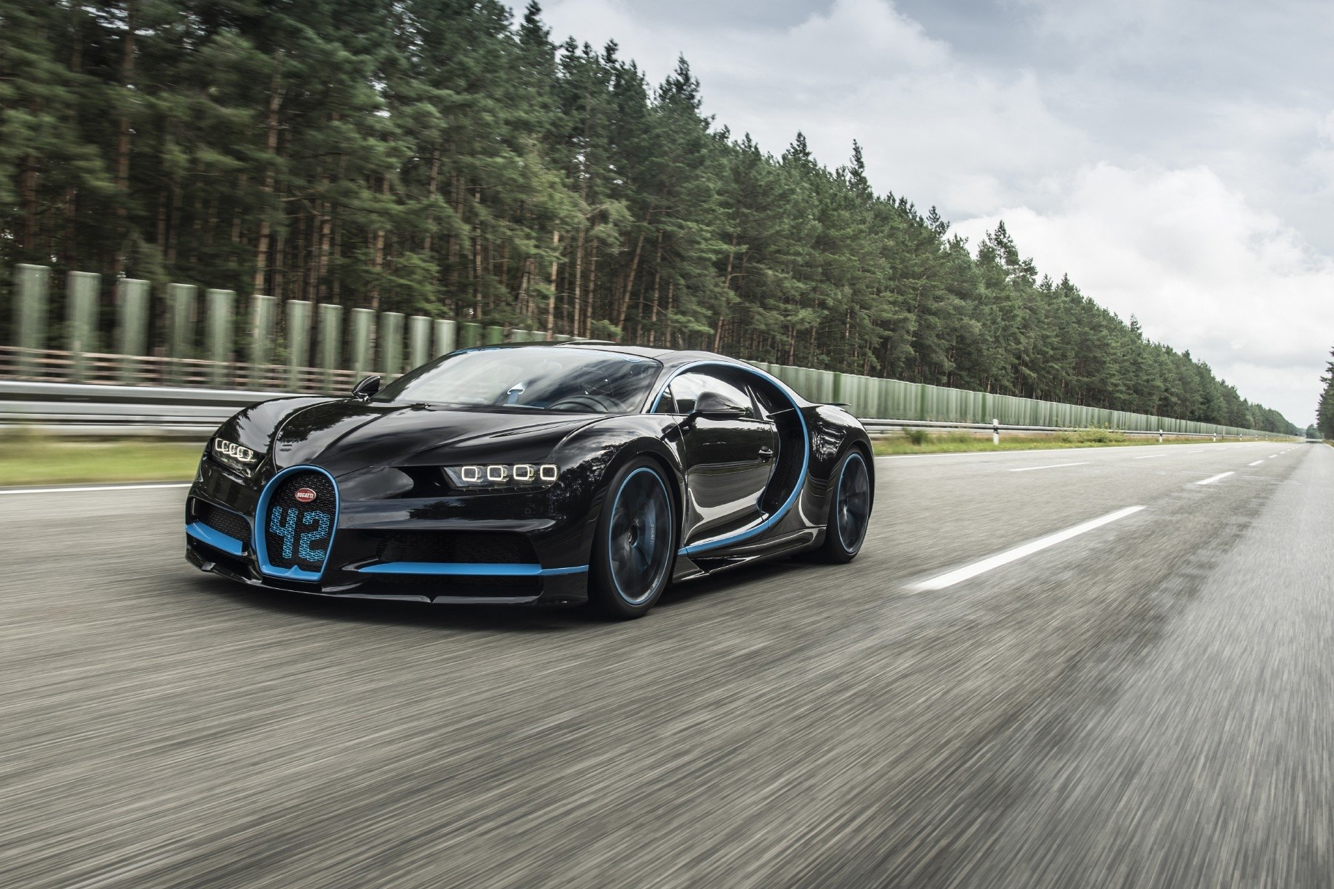 Bugatti Chiron Hd Wallpaper Background Image 1920x1280 Id