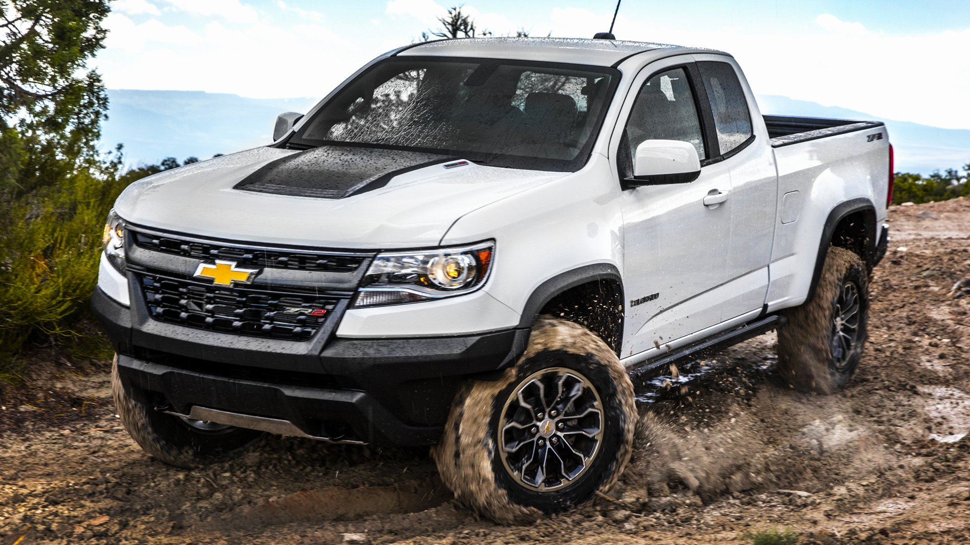 Vehicles - Chevrolet Colorado  Chevrolet Colorado ZR2 Pickup Off-Road White Car Car Wallpaper