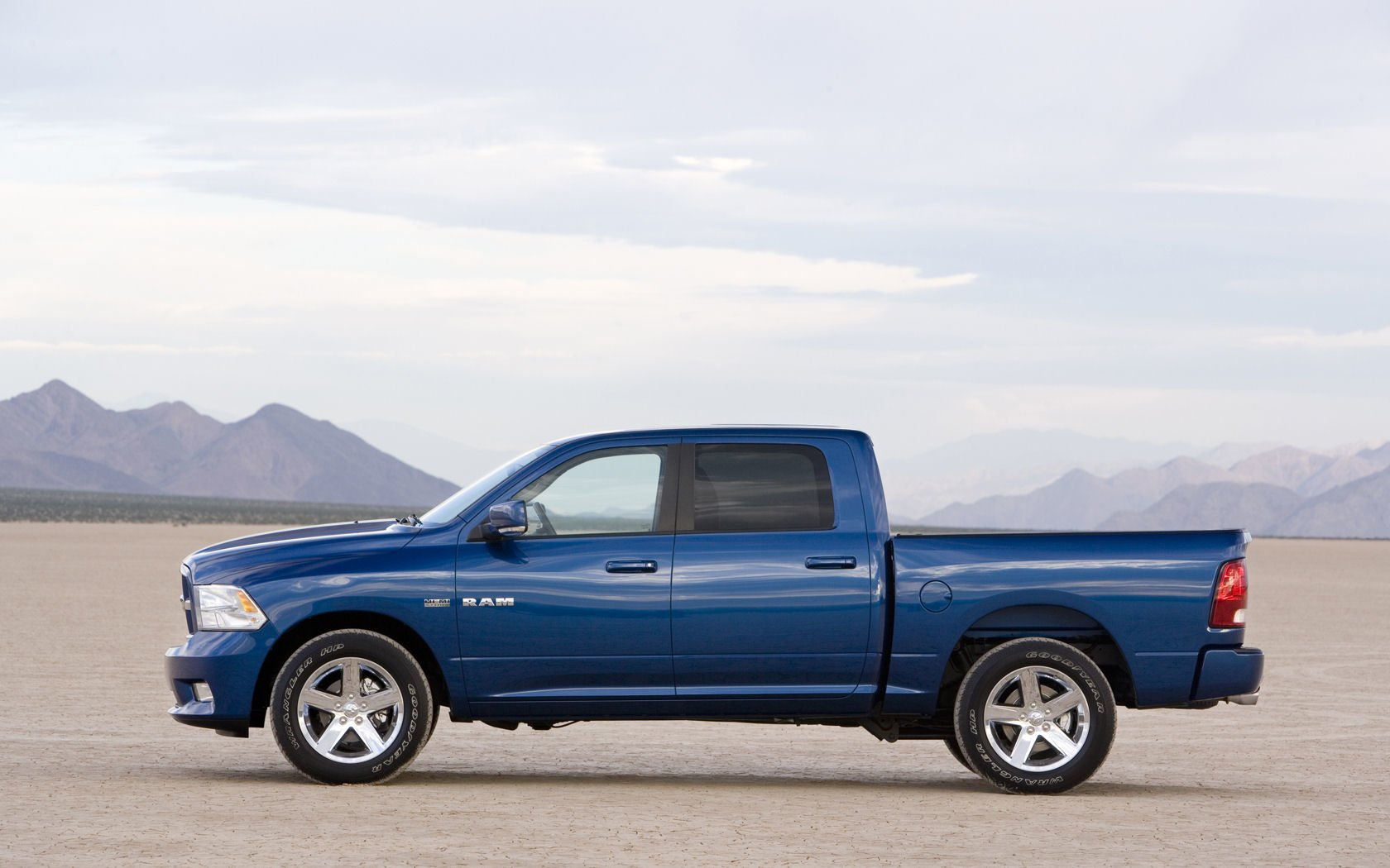 Dodge Ram 1500 Wallpaper And Background Image 1680x1050 Id 892402 Wallpaper Abyss