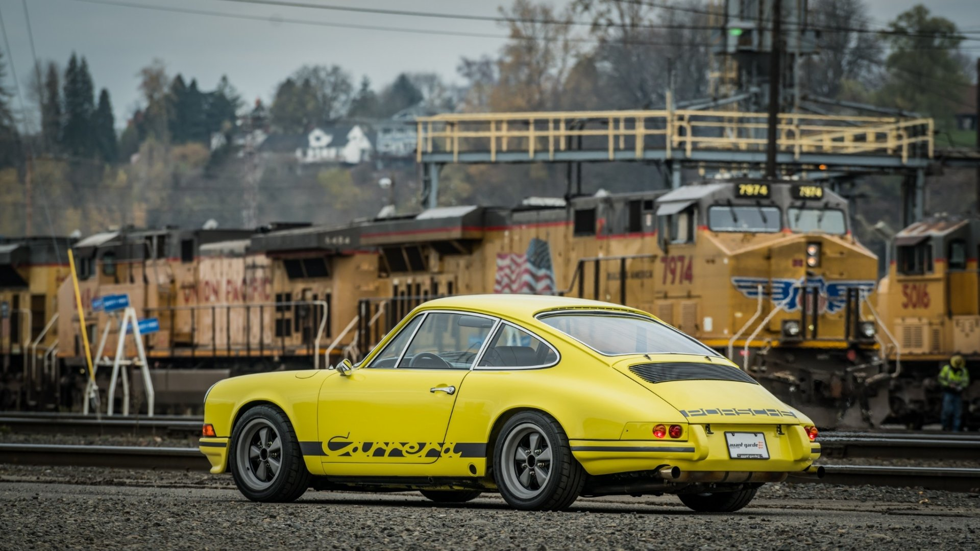 Vehicles - Porsche 911 Carrera T  Car Train Sport Car Old Car Yellow Car Wallpaper