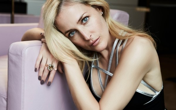 Celebrity Gillian Anderson Actresses United States American Actress Face Blonde Blue Eyes HD Wallpaper | Background Image