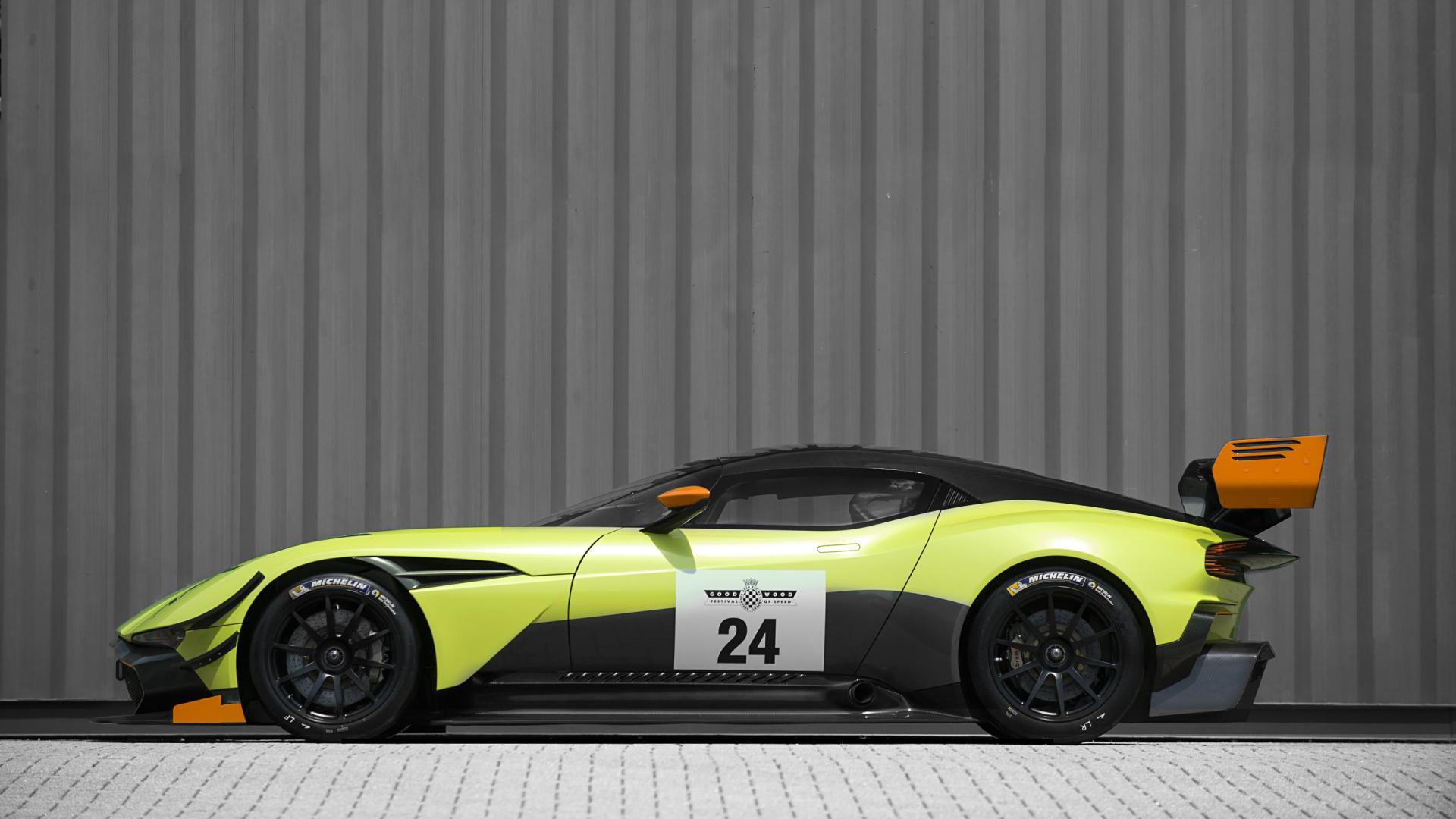 Vehicles - Aston Martin Vulcan  Wallpaper