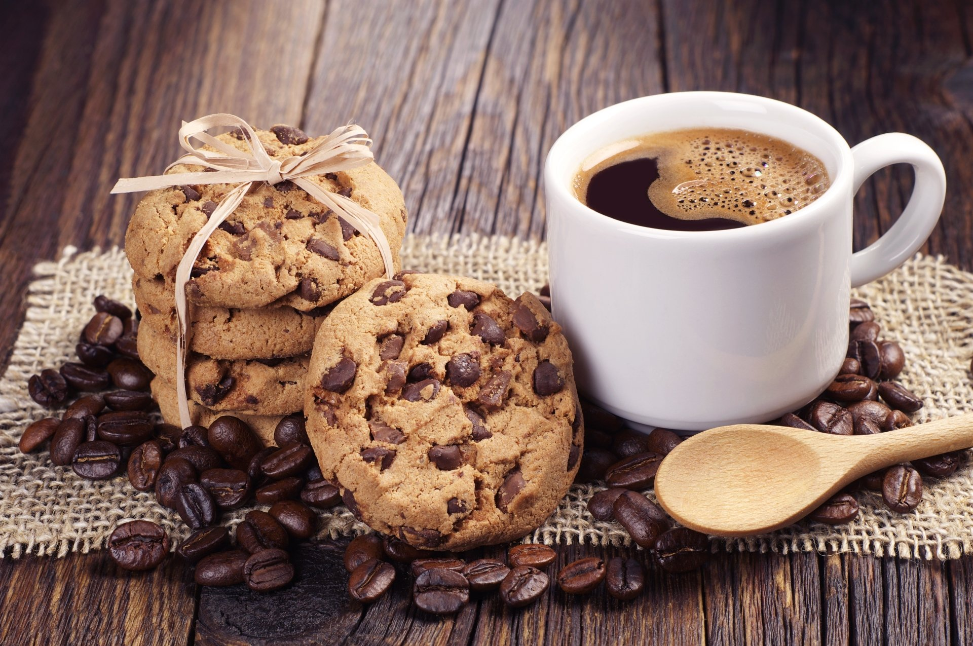 Food - Coffee  Cup Coffee Beans Cookie Wallpaper